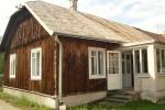 Przeniesienie domu drewnianego. Jak się do tego zabrać, czy się opłaca?